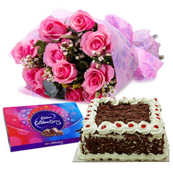 Classic Gift of Pink Rose Arrangement with Flavored Cake and Cadbury Celebration