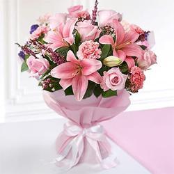 Traditional Love Bonding Mixed Seasonal Flower Bouquet to Rana Pratap Bagh