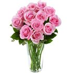 Charming Presentation of Roses in a Vase to Vasant Vihar