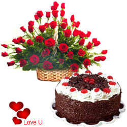 <u><font color=#008000> MidNight Delivery : </FONT></u>:50 Exclusive <font color =#FF0000> Dutch Red </font>   Roses  with Black Forest cake 1 Kg from 5 star Hotel Bakery