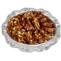 Sumptuous Gift of Khajur Roll (500g)