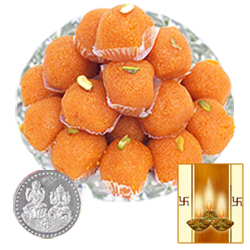 Boondi Laddoo with Silver Plated Coin