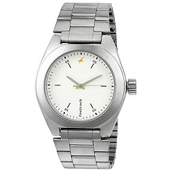 Titan Fastrack Presents Impressive Metallic Watch for Gents