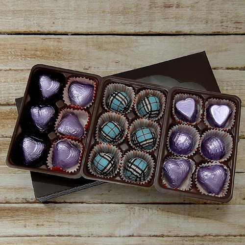 Mouthwatering Pack of 18pcs Assorted Homemade Chocolate