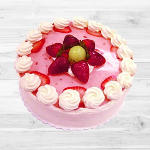 Relishing Strawberry Cake