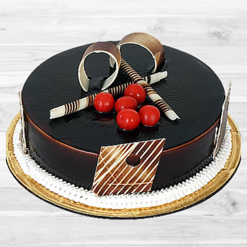 Amazing Dark Chocolate Truffle Cake