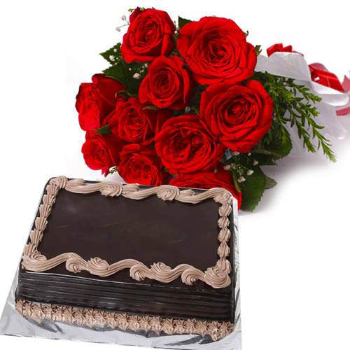Online Deliver Chocolate Cake with Red Roses Bunch