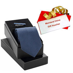 Magnificent Combo of Mainland China Gift Voucher worth Rs.1000 and Tie-Tiepin Gift Set