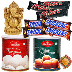 Lord Ganesha,sweets and chocos