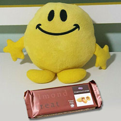 Smiling Soft Toy and Temptation Chocolate Combo