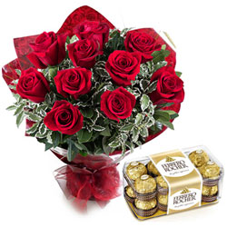 Book Red Roses Bouquet n Ferrero Rocher Chocolates Online