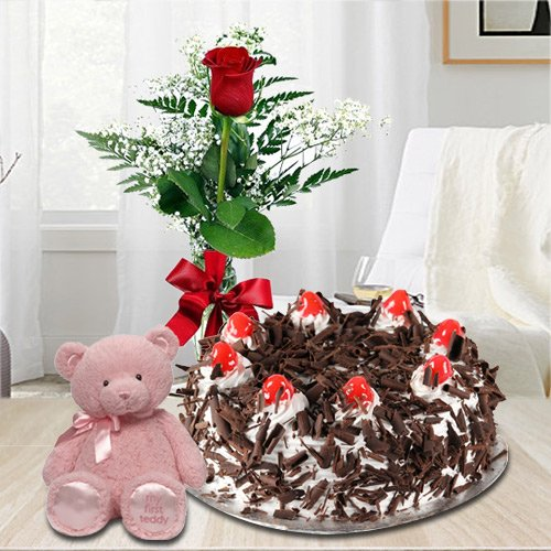 Send Black Forest Cake with Red Rose N Teddy Online
