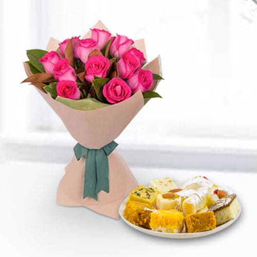 Book Pink Roses Bouquet N Assorted Sweets Online