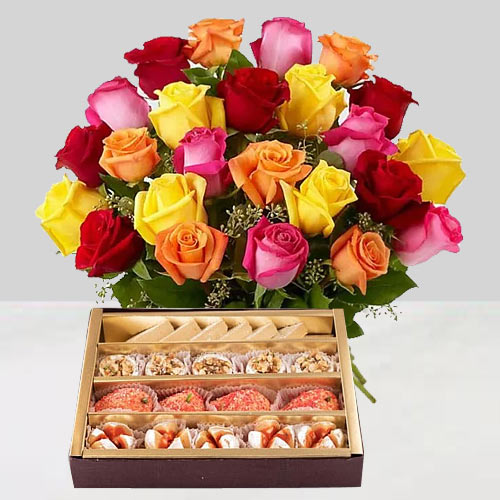 Deliver Mixed Roses and Assorted Sweets Online