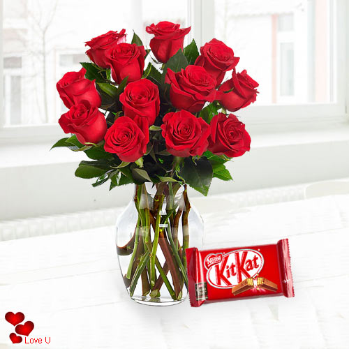 Deliver Red Roses in a Vase with Cadbury Chocolate Online