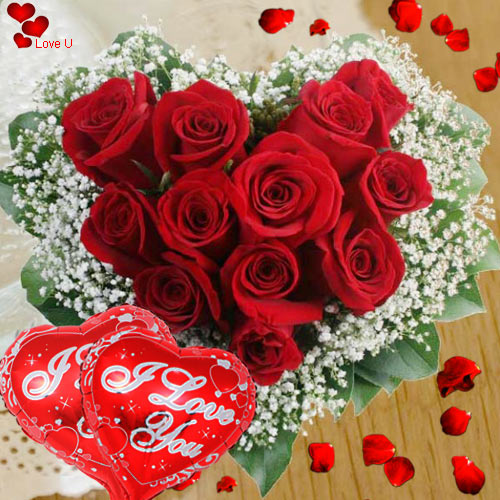 V-Day Gift of Rose Arrangement in Heart Shape with Balloons