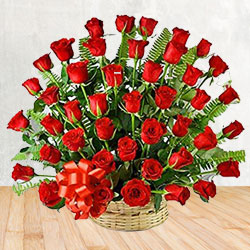 Exotic 50 Red Roses Passionate Bouquet to Jhilmil Tahirpur