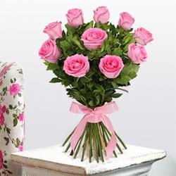 Love Bonanza Rose Bouquet to Zakir Nagar