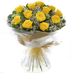 Book Bouquet of Yellow Roses Online