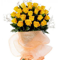 Gift Yellow Roses Bouquet Online <br>