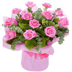 Deliver Arrangement of Pink Roses Online