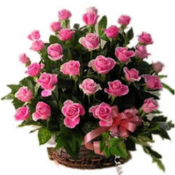 Send Online Pink Roses Basket