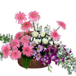 Online Order Flowers Arrangement in a Basket