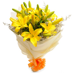 Order Online Yellow Lilies Bouquet
