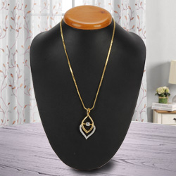 Extravagant Impulse Gold Plated Necklace with Fernanda Pendant