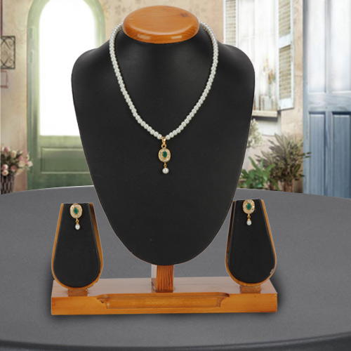 Mind Blowing Pearl Pendent  N  Earring Set for Weddings